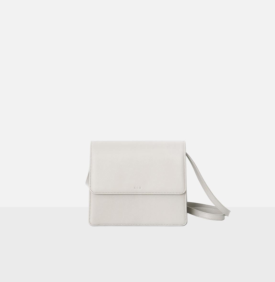 Flap medium shoulder bag Ivory