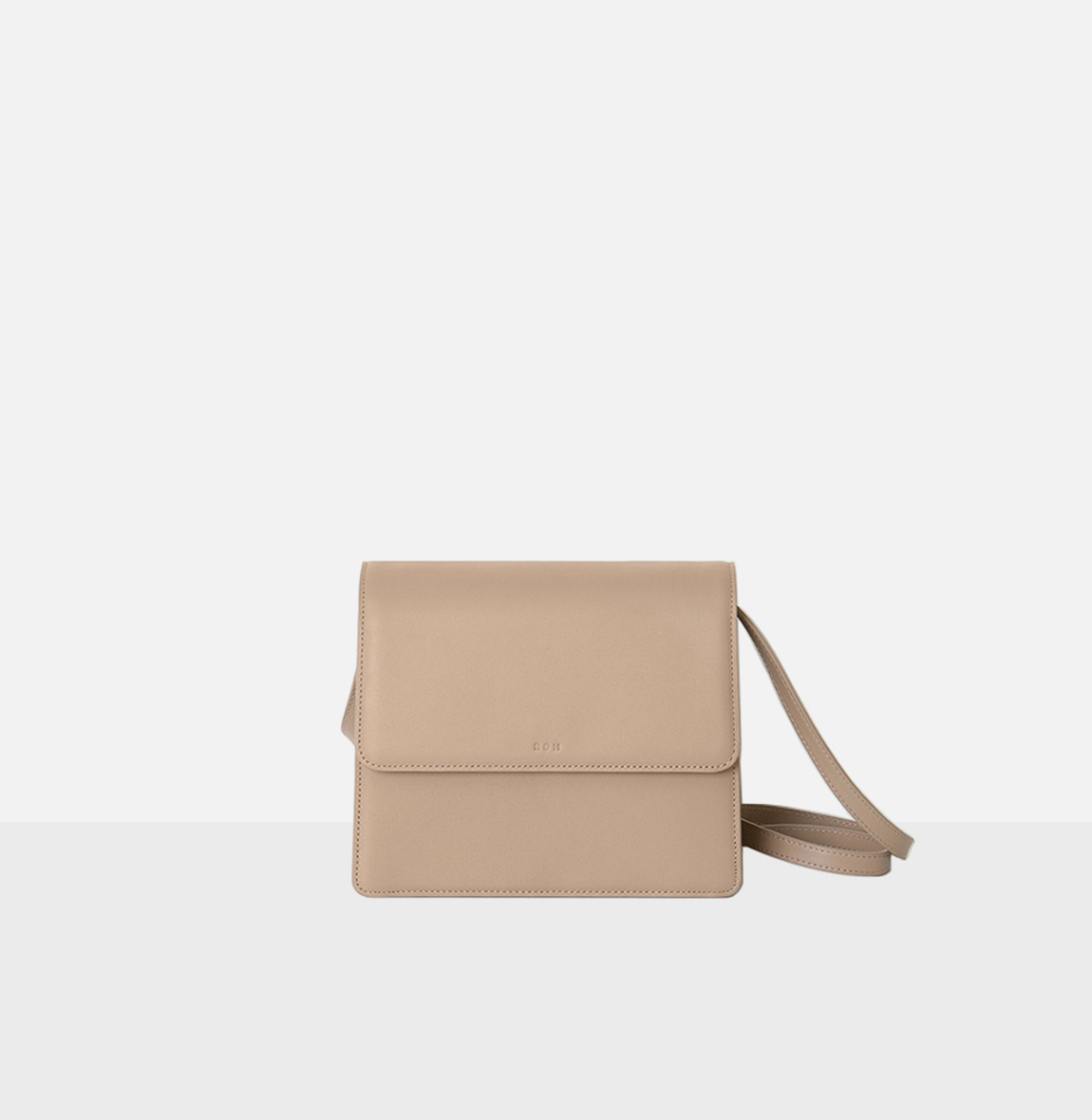 Flap medium shoulder bag Beige